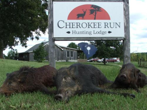Cherokee Run Hunting Lodge